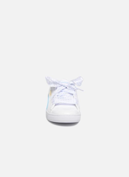 Baskets Puma Basket Heart Stars Blanc vue portées chaussures