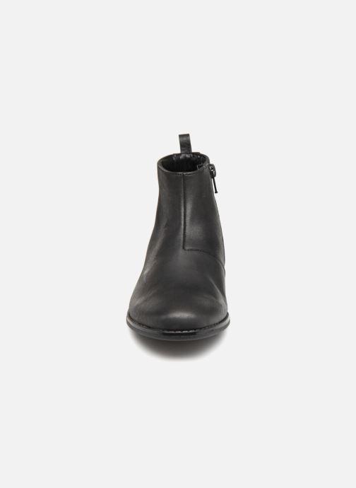 Bottines et boots Clarks Drew Moon Noir vue portées chaussures