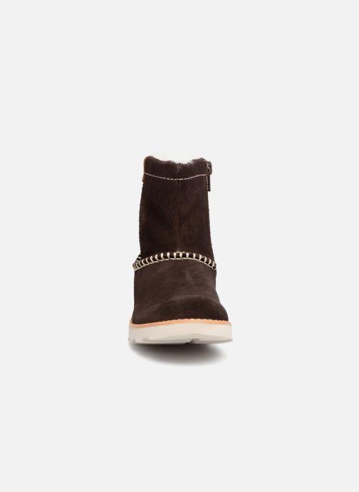 Bottes Clarks Crown Piper Marron vue portées chaussures