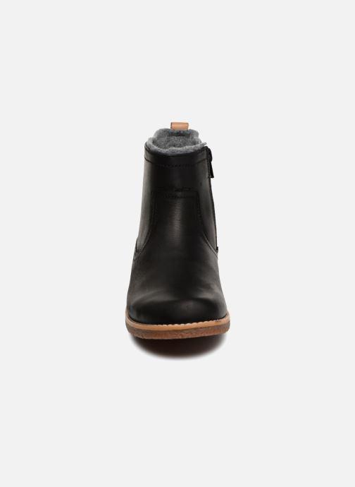 Bottines et boots Clarks Comet Frost GTX Noir vue portées chaussures