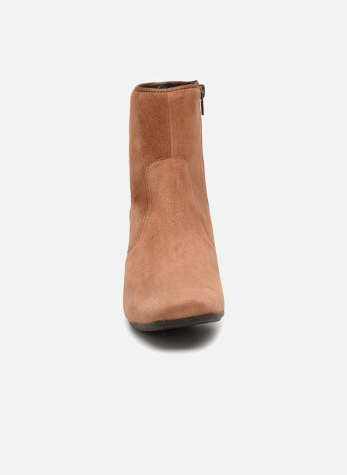 Bottines et boots Kanna KI7694 Marron vue portées chaussures