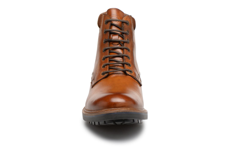 Bottines et boots Base London ELK Marron vue portées chaussures