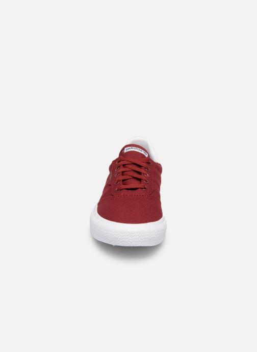 Sneakers adidas originals 3MC J Vinröd bild av skorna på