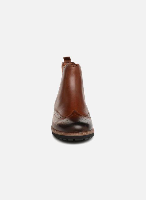 Bottines et boots Clarks Batcombe Top Marron vue portées chaussures