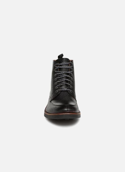 Bottines et boots Clarks Whitman Hi Noir vue portées chaussures