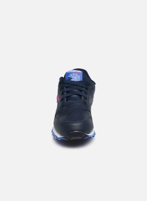 Baskets Reebok Classic Leather C Bleu vue portées chaussures