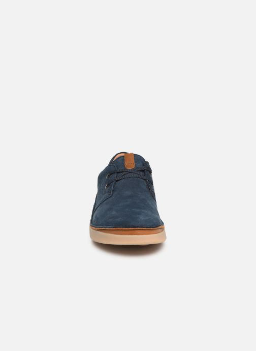Chaussures à lacets Clarks Oakland Lace Bleu vue portées chaussures