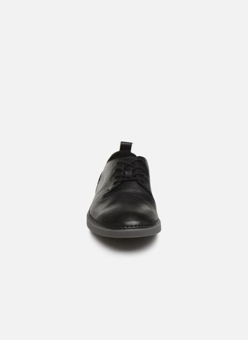 Sneakers Clarks Hale Lace Zwart model
