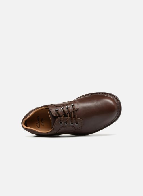 Veterschoenen Clarks Unstructured Rockie Lo GTX Bruin links