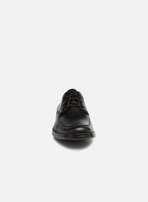 Zapatos con cordones Clarks Unstructured Un Aldric Park Negro vista del modelo