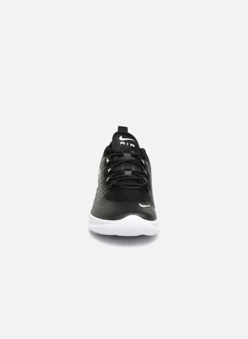 Trainers Nike Air Max Axis (GS) Black model view