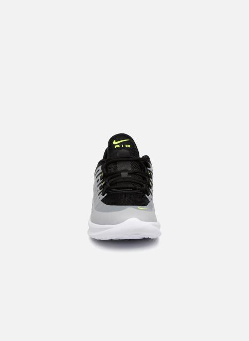 Deportivas Nike Air Max Axis (PS) Negro vista del modelo
