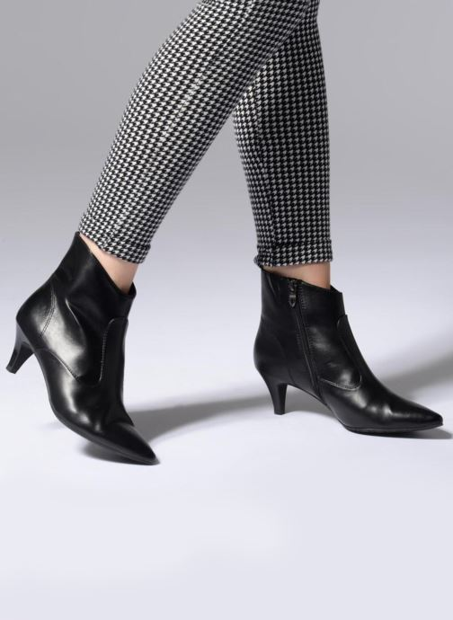 Bottines et boots Tamaris 25328 Noir vue bas / vue portée sac
