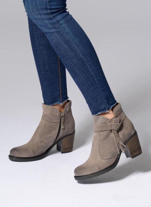 Bottines et boots P-L-D-M By Palladium Soria Snt Gris vue bas / vue portée sac