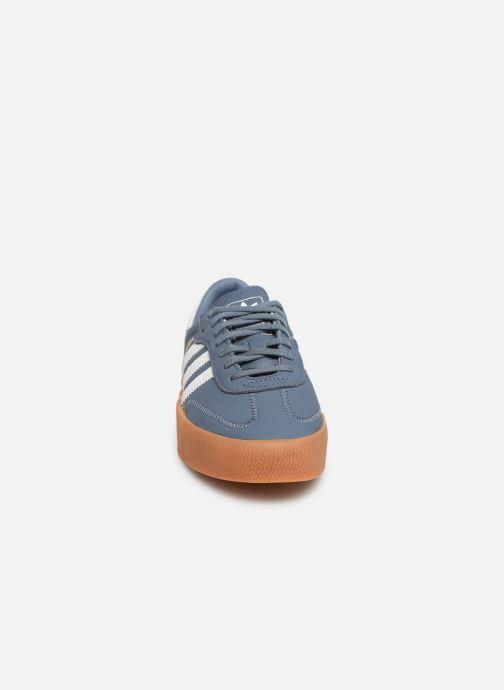 Baskets adidas originals Sambarose W Bleu vue portées chaussures