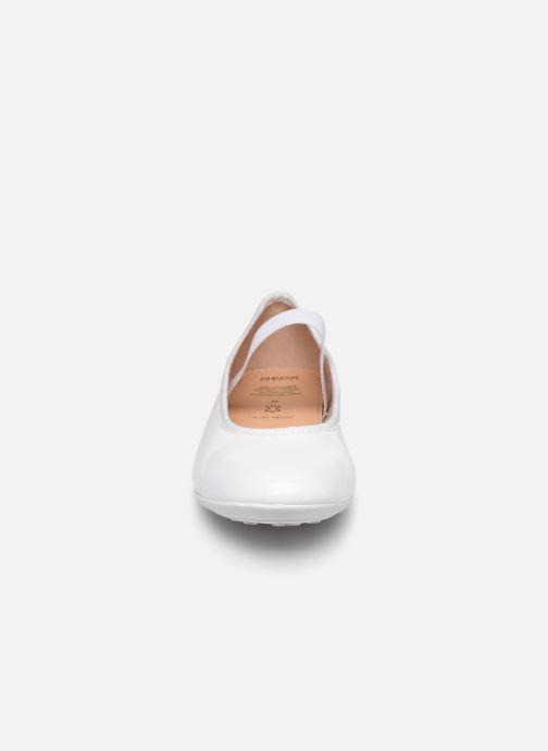 Ballerine Geox JR Plie J8455D Bianco modello indossato