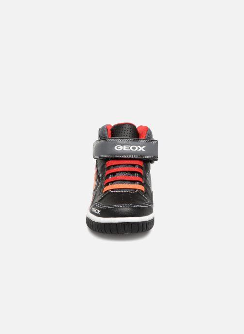 Baskets Geox JR Gregg J8447C Noir vue portées chaussures