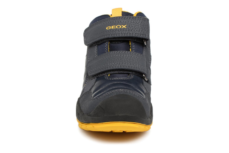 Sneaker Geox J New Savage Boy J841VC blau schuhe getragen