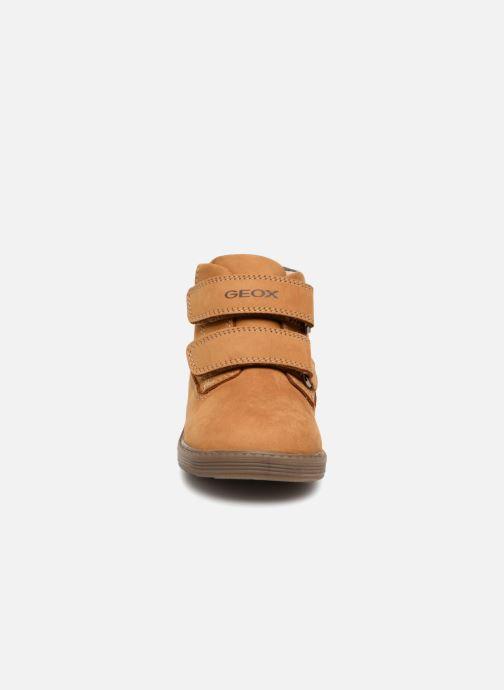 Bottines et boots Geox B Hynde Boy WPF B842HA Marron vue portées chaussures
