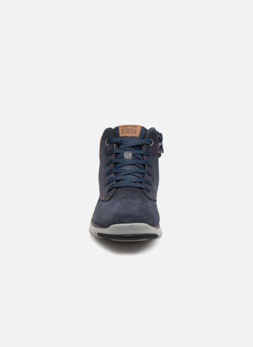 Sneakers Geox J Xunday Boy J843NA Azzurro modello indossato