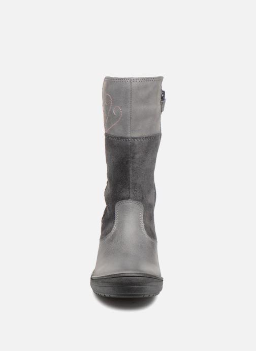 Bottes Geox J Hadriel Girl J847VE Gris vue portées chaussures