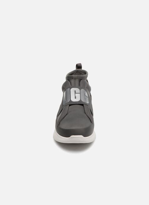 Bottines et boots UGG Neutra Sneaker Gris vue portées chaussures