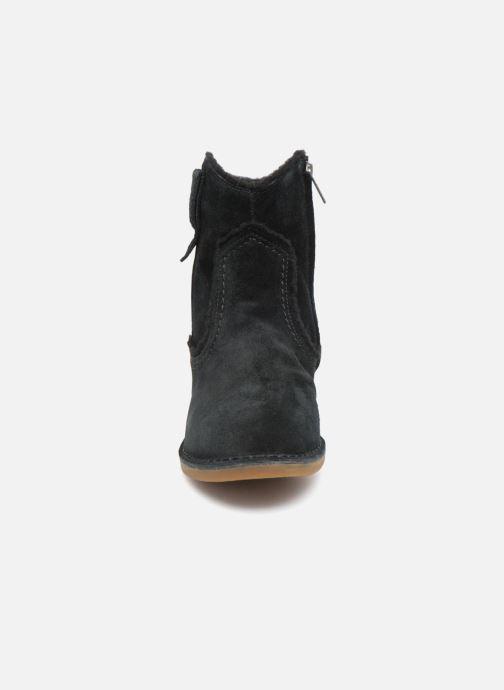Boots en enkellaarsjes UGG W Catica Zwart model