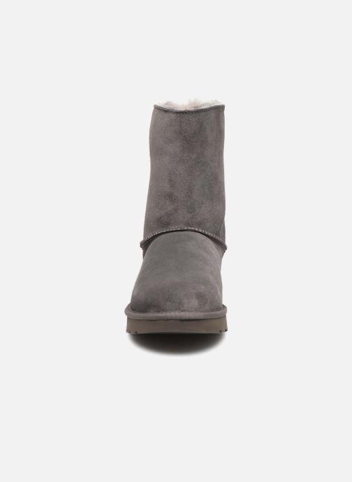 Bottes UGG W Classic Short Sparkle Zip Gris vue portées chaussures