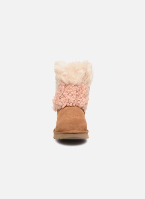 Bottines et boots UGG W Classic Short Patchwork Beige vue portées chaussures