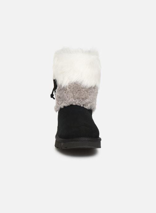 Bottines et boots UGG W Classic Short Patchwork Noir vue portées chaussures