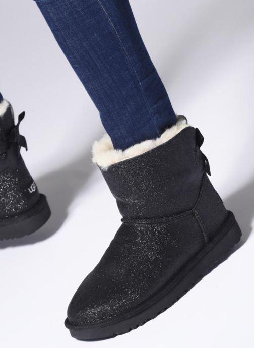 Bottines et boots UGG W Mini Bailey Bow Sparkle Noir vue bas / vue portée sac