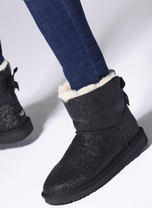 Bottines et boots UGG W Mini Bailey Bow Sparkle Argent vue bas / vue portée sac