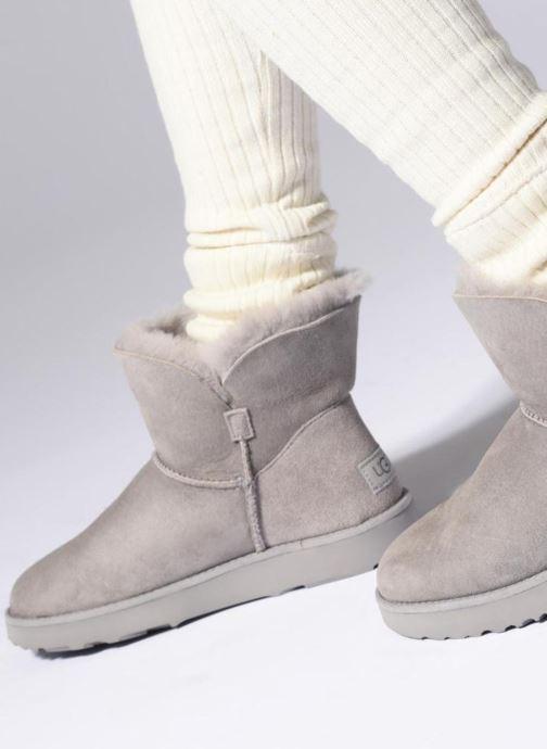 Bottines et boots UGG W Classic Cuff Mini Vert vue bas / vue portée sac