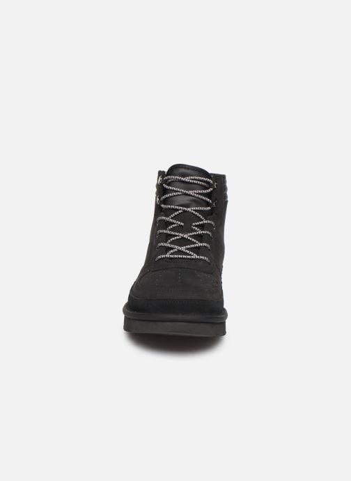 Bottines et boots UGG M Highland Sport Noir vue portées chaussures