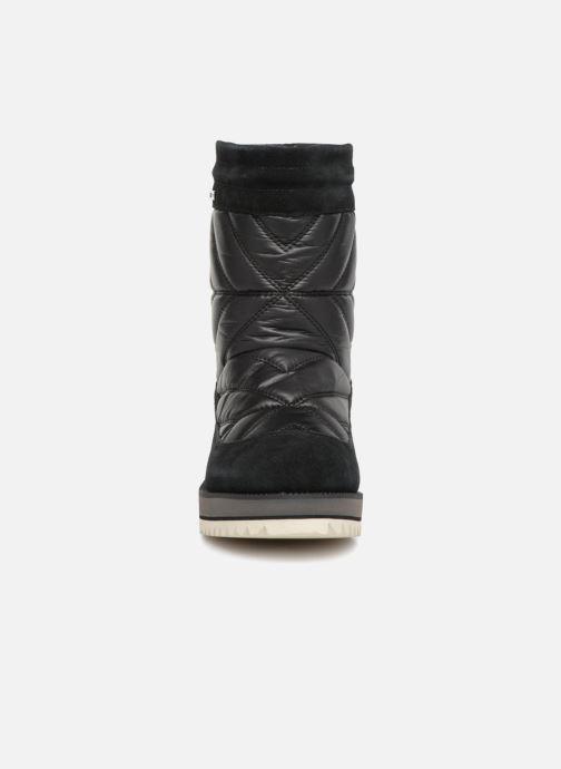 Chaussures de sport UGG W Beck Boot Noir vue portées chaussures