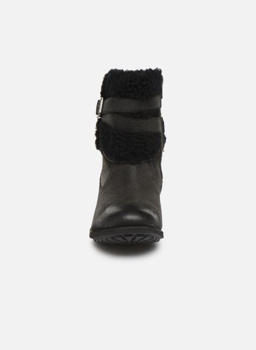 Botines  UGG W Blayre Boot III Negro vista del modelo