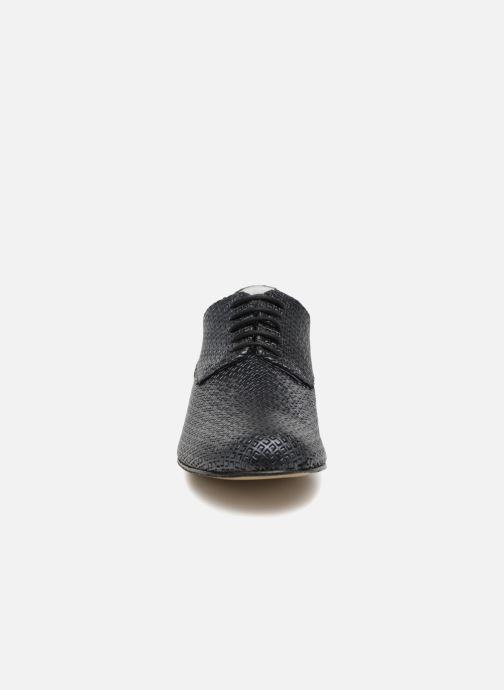 Zapatos con cordones Elizabeth Stuart Issio 326 Azul vista del modelo