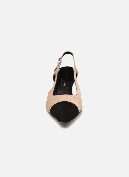 Escarpins Elizabeth Stuart Ryana 300-2 Beige vue portées chaussures