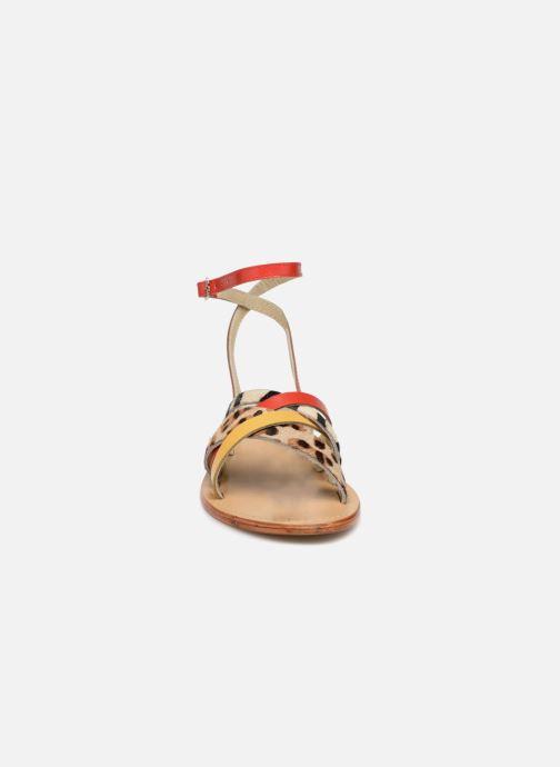 Sandales et nu-pieds Elizabeth Stuart HAG 841 Rouge vue portées chaussures