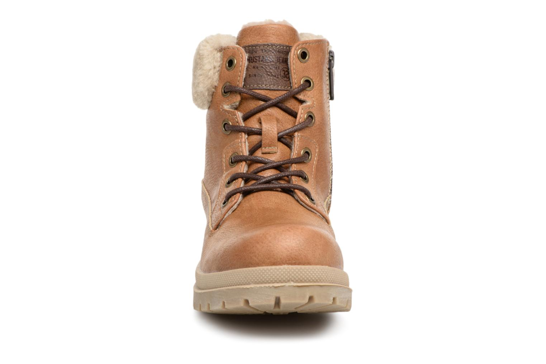 Bottines et boots Mustang shoes Heidi Marron vue portées chaussures