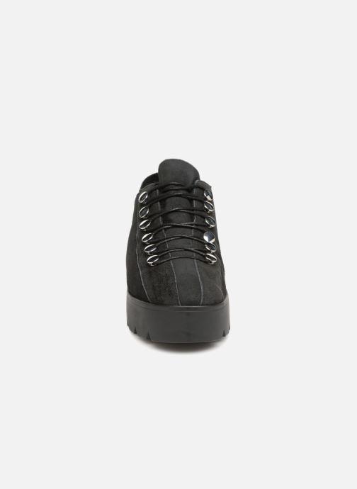 Zapatos con cordones What For Mike Negro vista del modelo