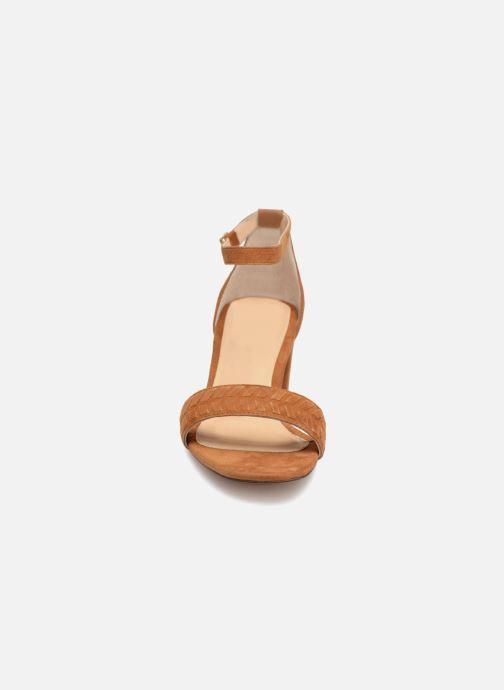 Sandales et nu-pieds Tila March TMS264-PA-02-59 Marron vue portées chaussures