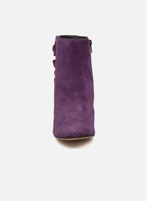 Bottines et boots Tila March Muzelle Flounce Violet vue portées chaussures