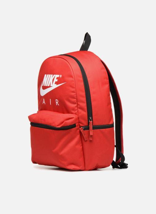 Mochilas Nike NK AIR BKPK Rojo vista del modelo