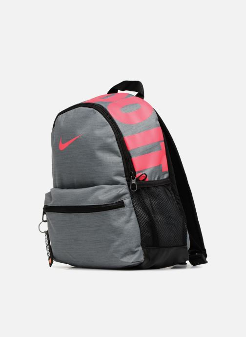 Sacs à dos Nike Y NK BRSLA JDI MINI BKPK Gris vue portées chaussures