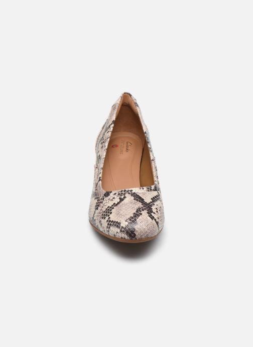 Escarpins Clarks Unstructured Un Cosmo Step Beige vue portées chaussures