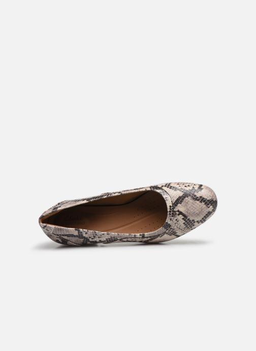 Zapatos de tacón Clarks Unstructured Un Cosmo Step Beige vista lateral izquierda