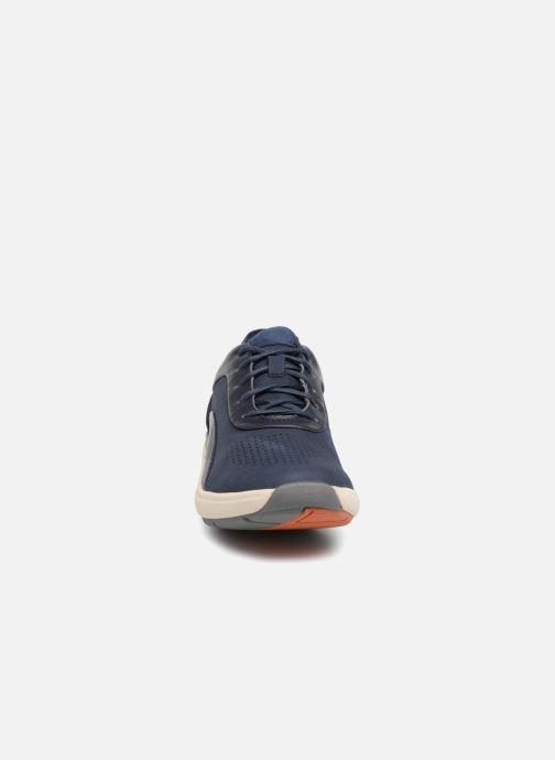 Baskets Clarks Unstructured Un Cruise Lace Bleu vue portées chaussures