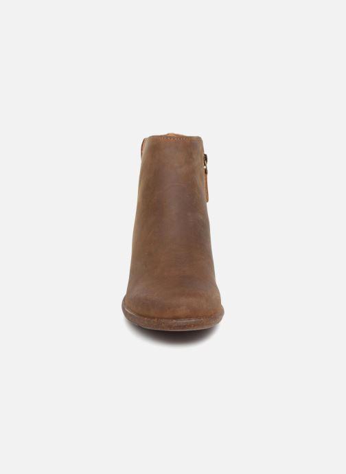 Bottines et boots Clarks Unstructured Wilrose Frost Marron vue portées chaussures