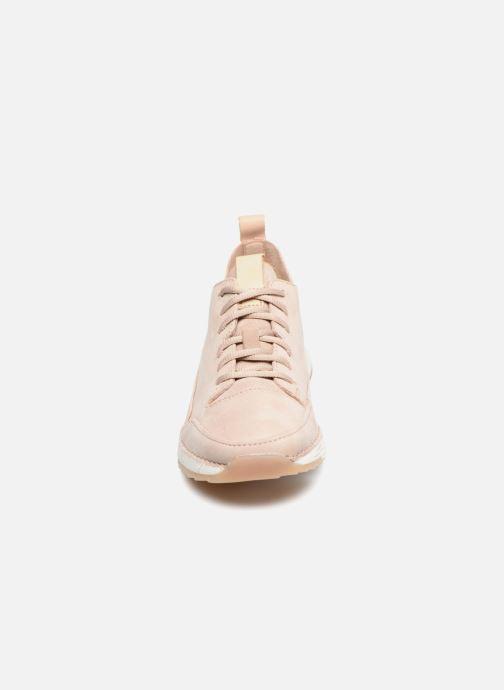 Sneakers Clarks Tri Spark. Beige bild av skorna på